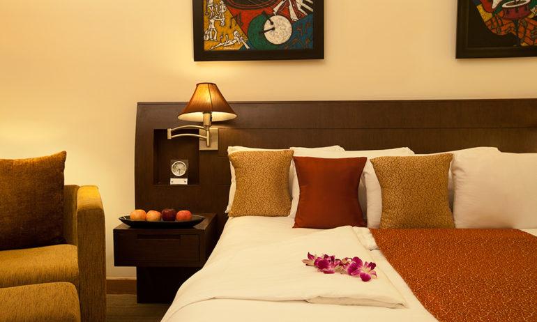 Novotel Hyderabad ICC - Bedroom